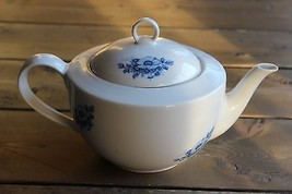 Winterling Roslau Delft Brauw Tea Pot - $29.70