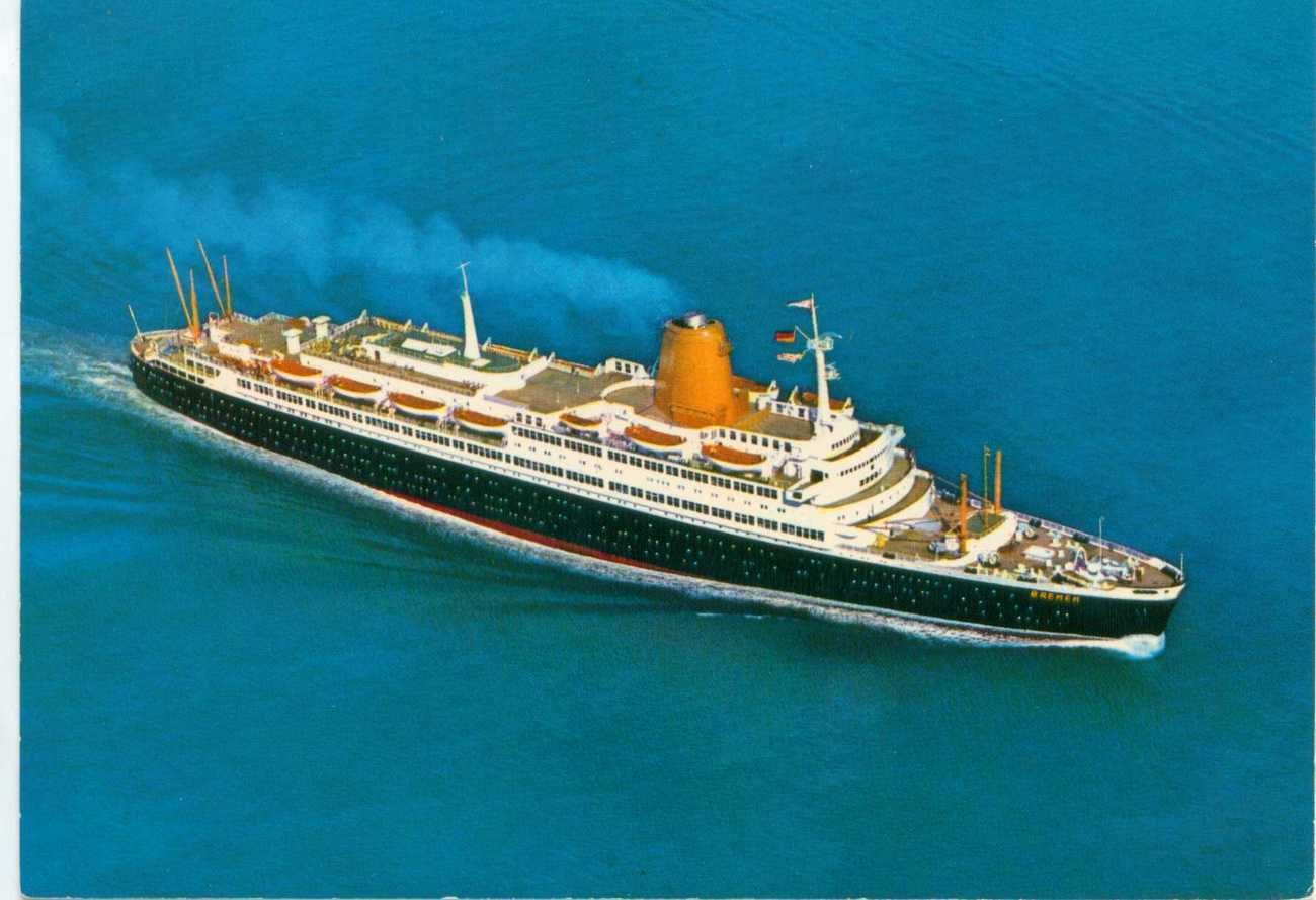 Postcard TS Bremen 32.360 Ship  Vintage Postcard