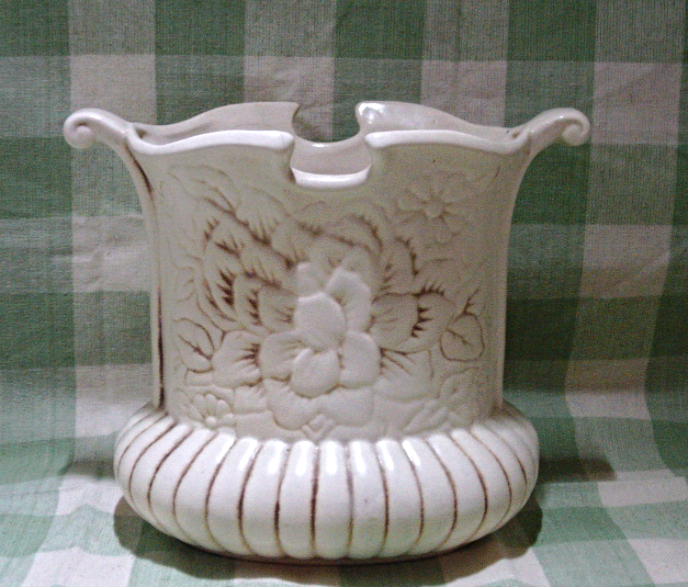 Red Wing Pottery Magnolia Vase 1 Listing