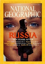 National Geographic Nov 2001, Auroras, Pyramid Builders, Whales, King Co... - $3.95