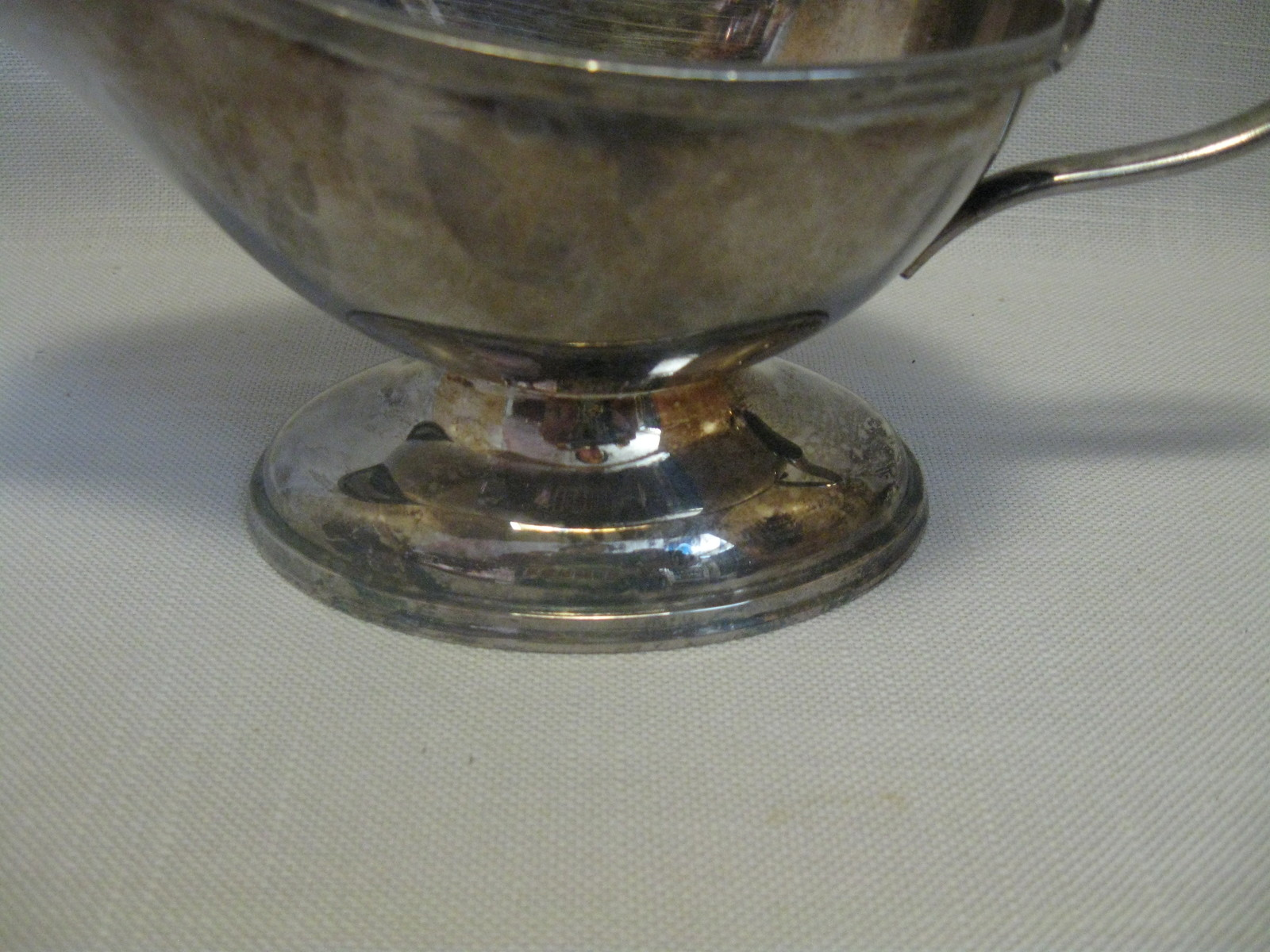 "Gravy Sauce Boat Bowl Silver Plate With Handle 4"" High 7 3/4"" long"