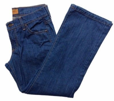 Primary image for JAMES JEANS CROPPED Sz 27 Light Wash Denim Blue 100% Cotton USA Inseam 25""