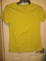 Time And Tru Women's Crew Neck T Shirt SMALL (4-6) Lemon Lime Short Slee... - $11.87