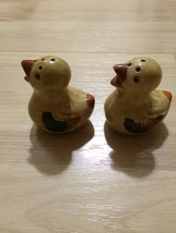 Chicks / Peeps Vintage Ceramic Salt & Pepper Shakers Great Set Japan - €14,96 EUR