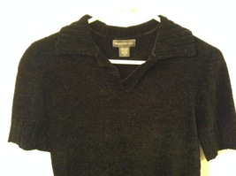 Banana Republic Black 100% Rayon Velvety Feel V-Neck T-shirt Blouse Top, size M image 3