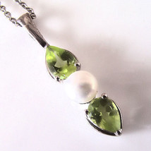 Sterling Silver .50 Cttw Peridot & 4.5mm Freshwater Pearl Pendant Neckla... - $56.43