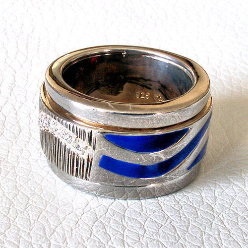 Love Peace & Hope Dexter Collection Spinning Ring Dark Blue Enamel 19 Diamonds 6