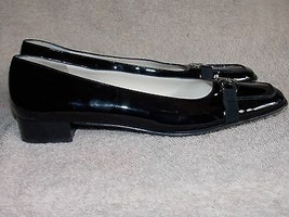 Salvatore Ferragamo Black Patent Leather Buckle PUMPS 8.5AAAA Used For W... - $79.19