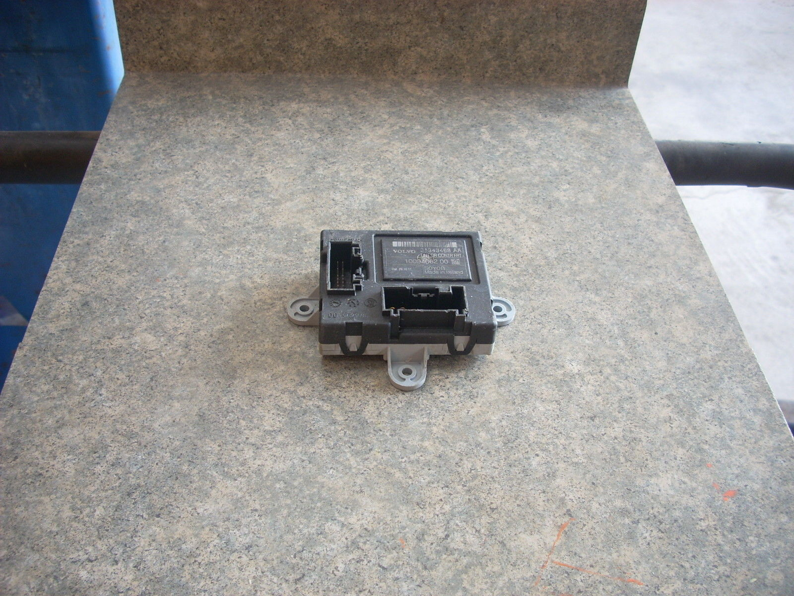 1883   front door control module 1883 id  31343468aa