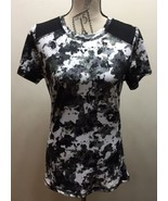 New Lululemon Yoga Sports Black White Camouflage 8 Short Sleeve Shirt Dr... - $65.44