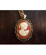 Vintage VANDA Perfume Necklace. Vintage Cameo Perfume Necklace. - $30.00