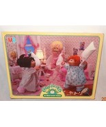 Cabbage Patch Kids Floor 35 Piece Puzzle Sleepover Party 1984 Complete - $19.88