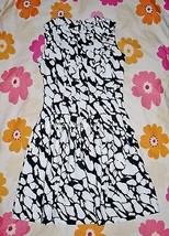 NWT H&M Marble Pintucked A Line Dress Size 4 - $17.10