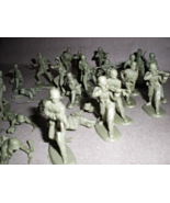 German Soldiers -World War II - 30 German Army Soldiers - $9.95