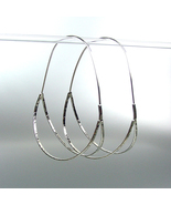 CHIC & UNIQUE Urban Anthropologie Silver Plated Double Curved Oval Hoop ... - $16.99