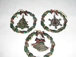 3 Russ Berrie Heirloom Christmas Collection - $9.90