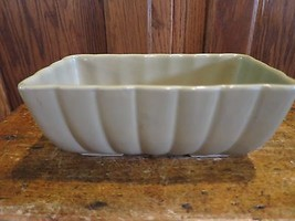 Hull Pottery Rectangular Planter Beige Ribbed F... - $9.37