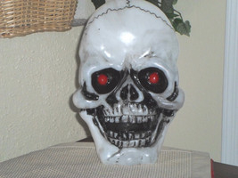Halloween Continuous Color Changing Spooky Skull - €17,66 EUR