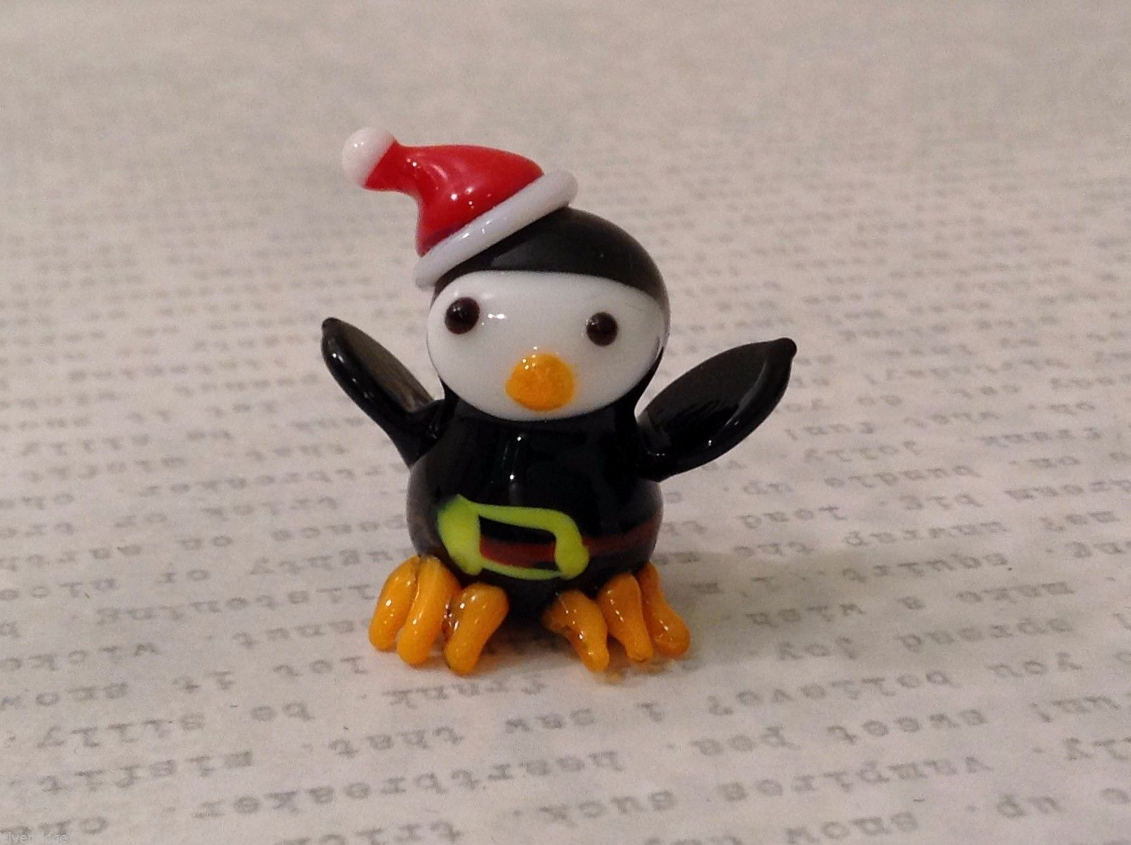 Primary image for Micro miniature hand blown glass figurine Penguin in Santa suit USA NIB