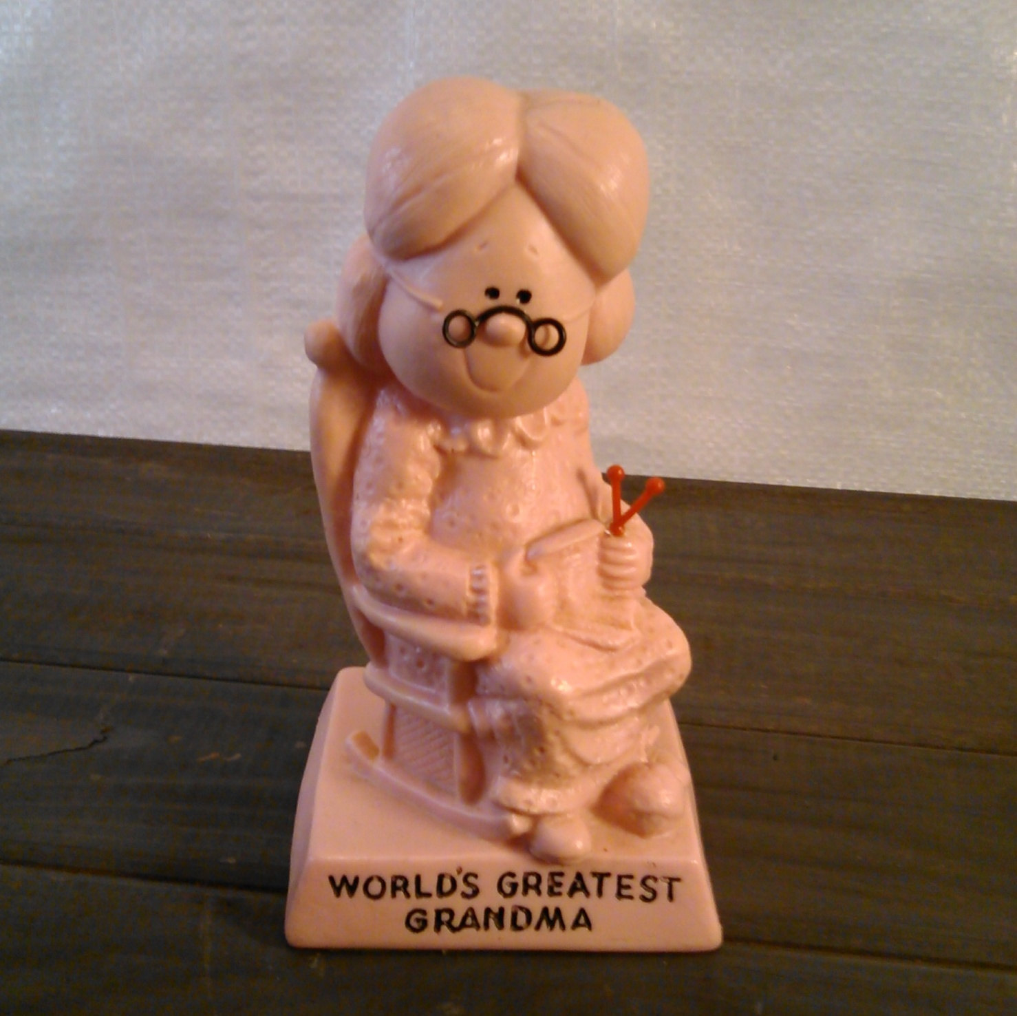 World's Greatest Grandma and Grandpa W & R Berries Co's 1970 Pink and Blue