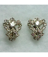 Vintage Clear Rhinestone Clip On  Earrings - $10.99