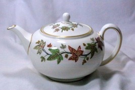 Wedgwood 1965 Ivy House 3 Cup Tea Pot - $97.01