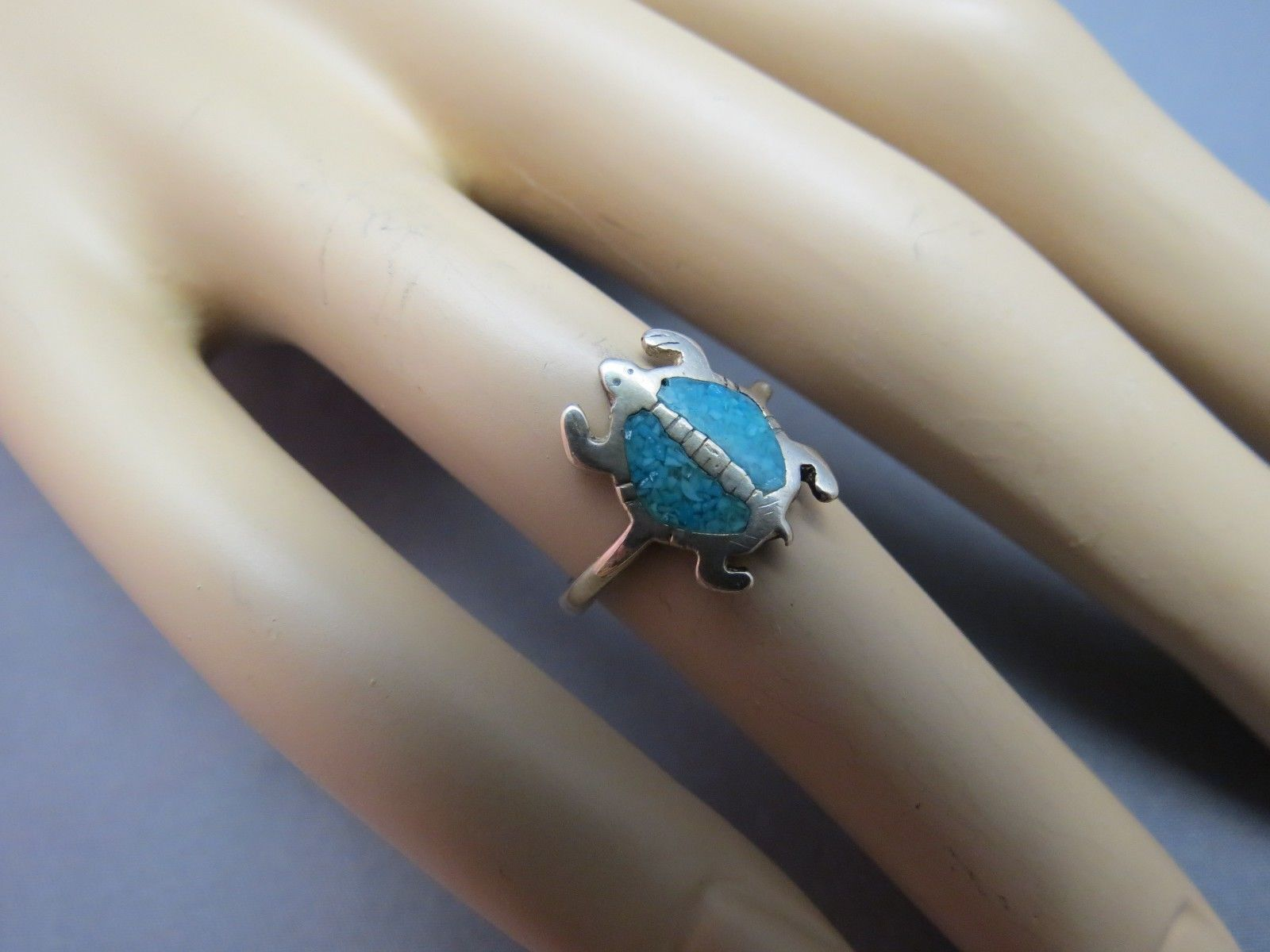 VTG Sterling Silver Turtle Ring Southwest Style Turquoise Stone Size 5 Etched