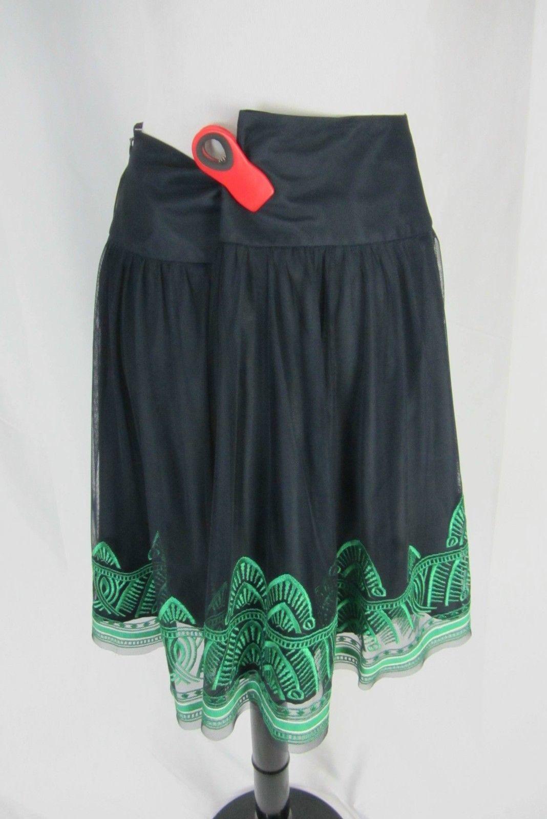Peter Nygard Skirt size 10 Petite Navy Netting Green Embroidery Knee Modest Full