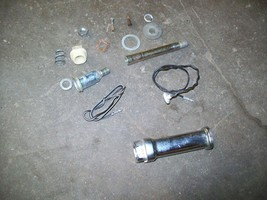 82 1982 Suzuki GS650 GS 650 G Turn Signal Parts Lot - $6.00