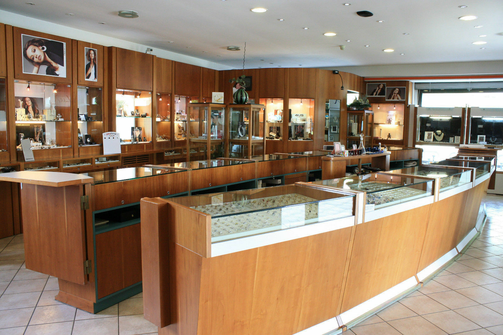 Collier or Blanc 750 - 18K, Pendentif Aigue-Marine Taille Émeraude et Diamant