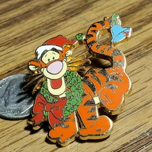 Disney DLRP Paris Christmas 2005 Santa Wreath Pin Tigger from Winnie the... - $38.69