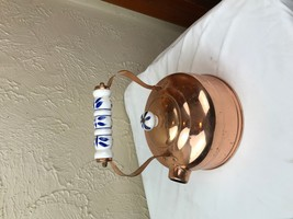 VINTAGE COPPER KETTLE TEAPOT WITH BLUE AND WHITE DELFT HANDLE LID missin... - $13.98