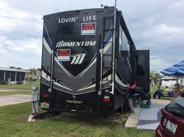 2018 Grand Design Momentum 376 Toy Hauler For Sale In Punta Gorda FL. 33950 image 7