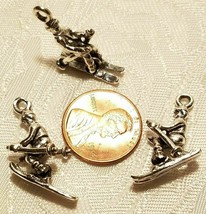SKIER WITH MOVEABLE SKIS FINE PEWTER CAST PENDANT CHARM - 16mm L x 22mm W x 6.5m image 2