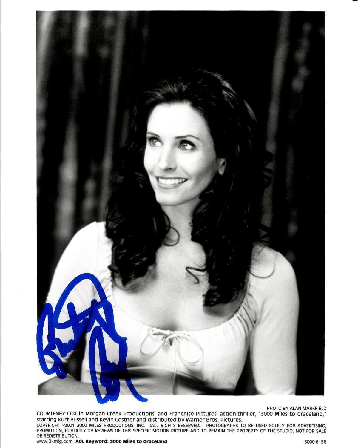 Primary image for Courteney Cox Signed Autographed Glossy 8x10 Photo