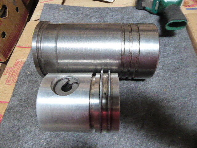 Sealed Power Federal Mogul Cylinder Kit SL-2525, Missing Parts