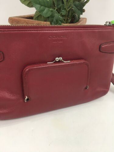 Coach Archival Wristlet 40207 Legacy Red Glove Leather Turnlock Clutch Bag B26 image 4