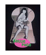 Bettie Page Through a Keyhole w/ Whip Photo T-Shirt LG - $14.50