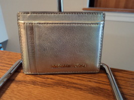 Authentic Michael Kors Money Pieces Multi Card Case Leather Pale Gold NWT - £31.51 GBP