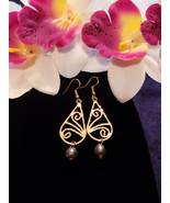 Teardrop Curl Pearl earrings - $20.00
