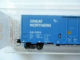 Micro-Trains # 07400037 Great Northern 40' Standard Box Car N-Scale image 2