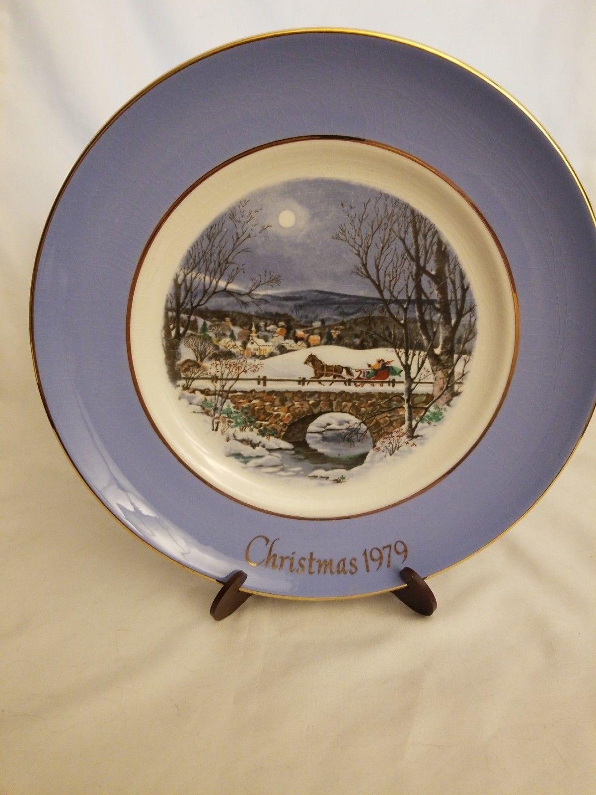 """Avon 1979 Christmas Plate """"Dashing Through the Snow"""" with Original Box image 3"""