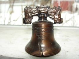 LIBERTY BELL,PHILADELPHIA PA ADVERTISING PAPERWEIGHT BRONZE OR COPPER - $19.10