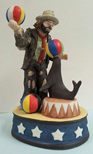 Entertainer - Clown & Seal Figurine - Emmett Kelly Jr-Figurine pattern by Flambr