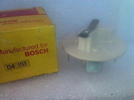 Bosch 04151 Rotor D167P 2B6 CH-305 4240450 3806 5213728 NOS - $8.81