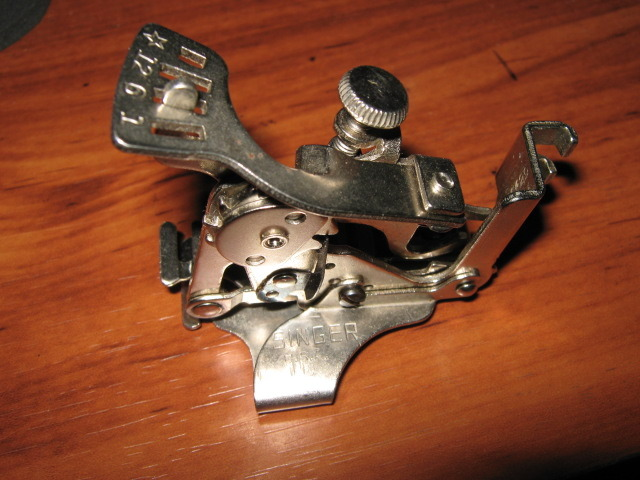 SINGER Slant Shank Ruffler Attachment Used #160629