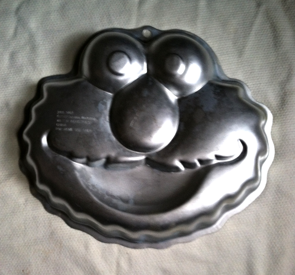 Wilton elmo singles cake pan Licensed, McCall's
