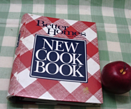 Vintage Better Homes and Gardens NEW COOKBOOK Spiral Bound Hardcover Book - $12.00