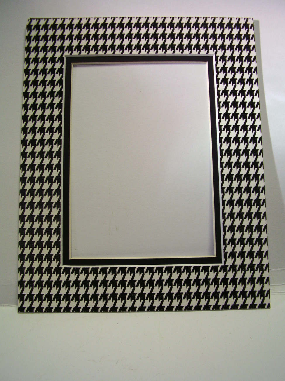 Primary image for Picture Mat Double Mat 8x10 for 5x7 photo Houndstooth Check Black and White