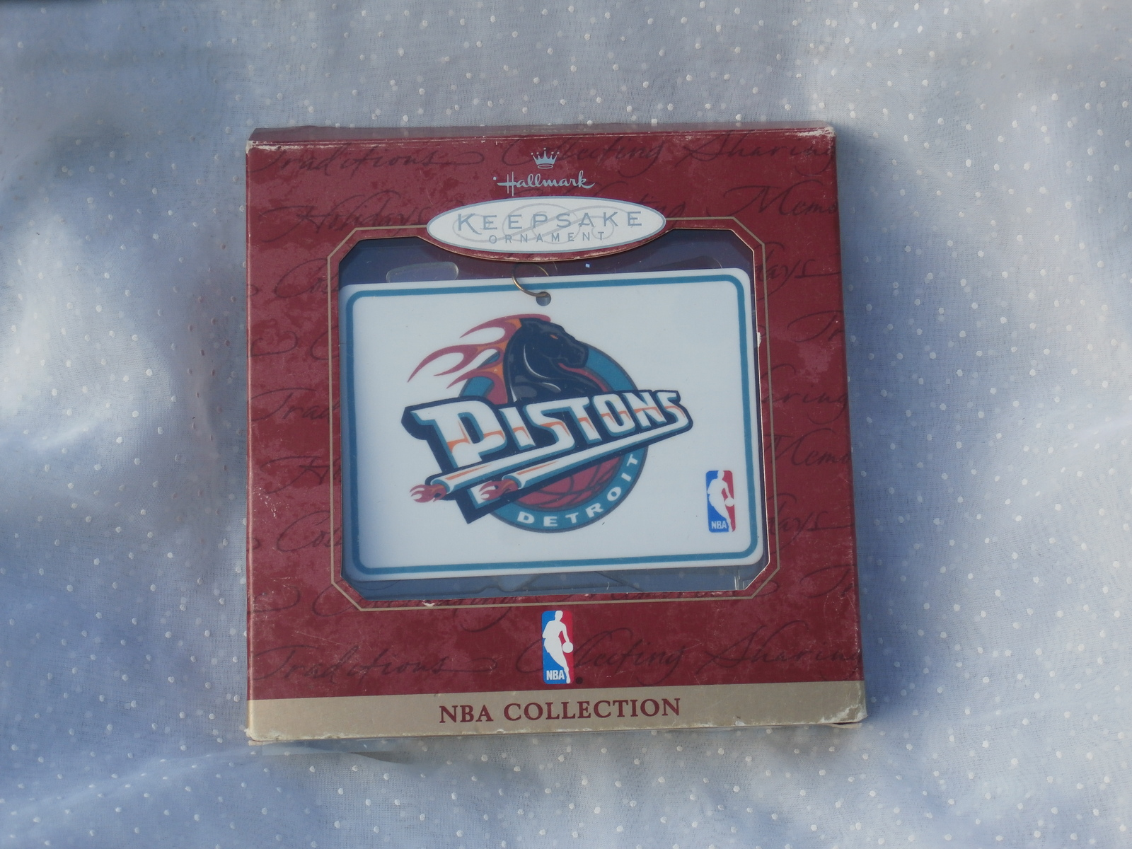 Detroit Pistons Hallmark Keepsake Ornament 1997 NBA